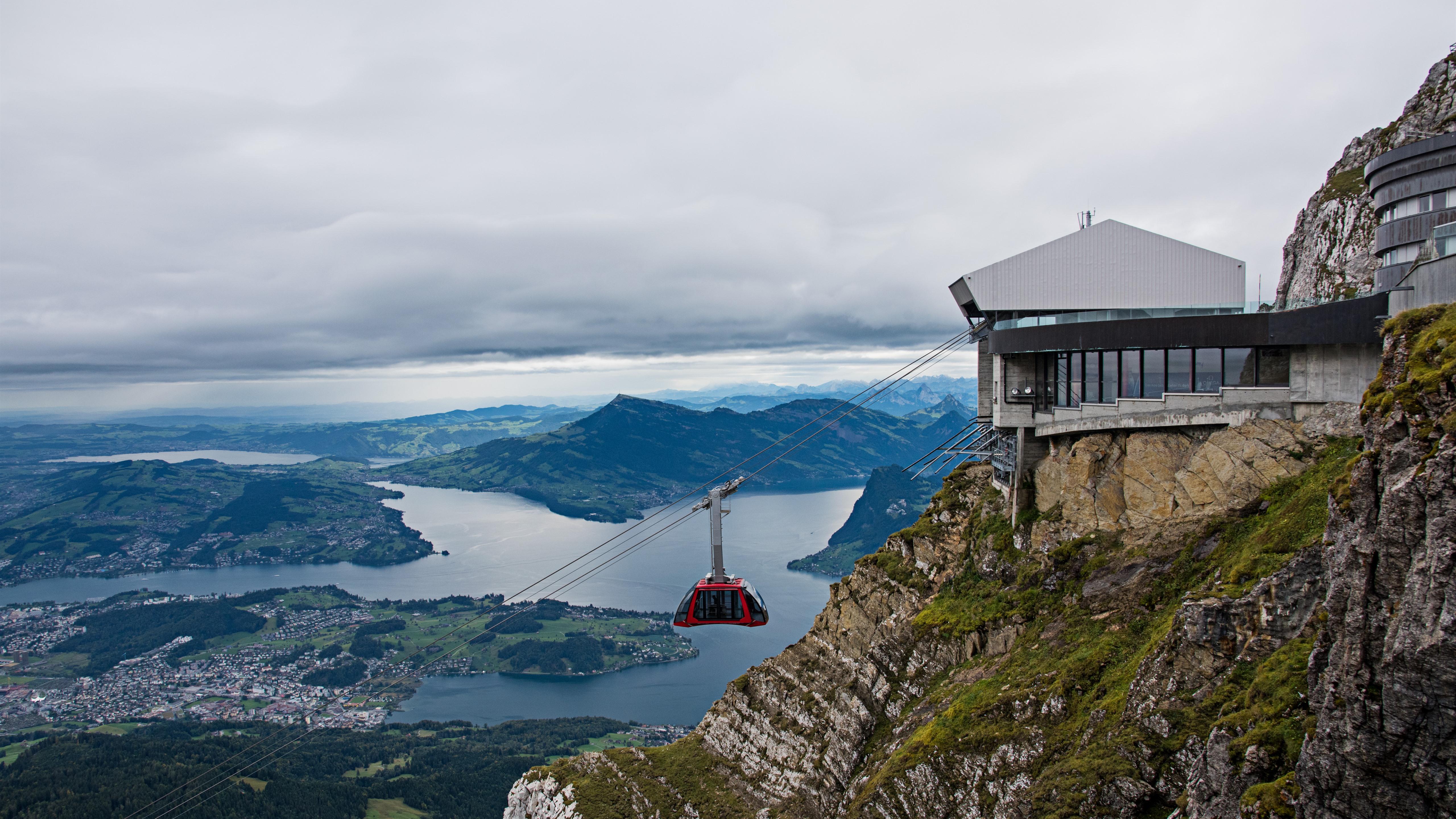 سفر به سونیس pilatus تله کابین تور کوه اروپا ابر