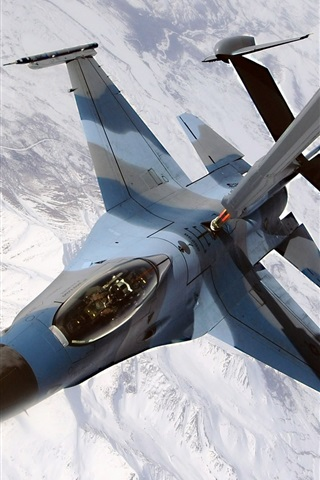 iPhone Wallpaper Air refueling of fighter aircraft