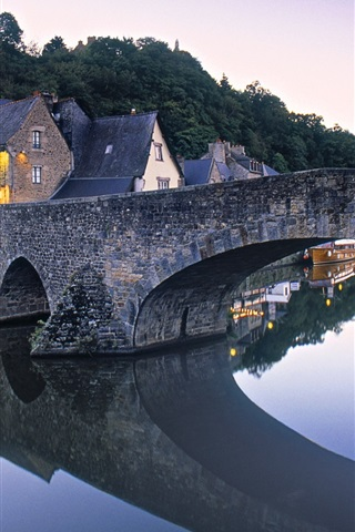 iPhone Wallpaper Dinan, Brittany, France