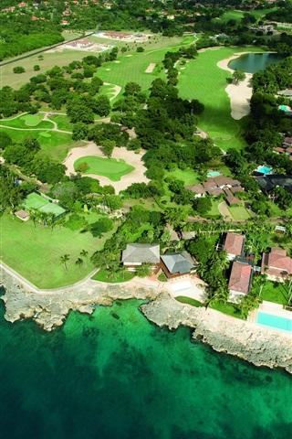 iPhone Wallpaper Peninsula Island sea shore house