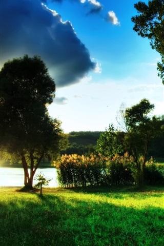 iPhone 배경 화면 녹색 호수의 아름다운 풍경