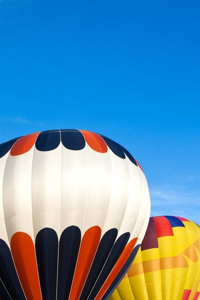 Colorful Hot Air Balloon 640x960 Iphone 4 4s Wallpaper