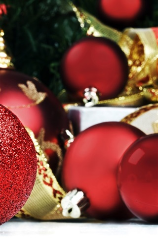 iPhone Wallpaper Red Christmas decorations