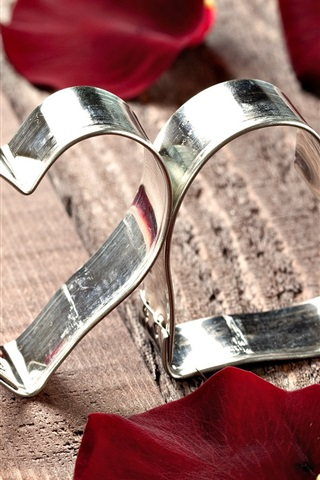 iPhone Wallpaper Heart-shaped metal ring