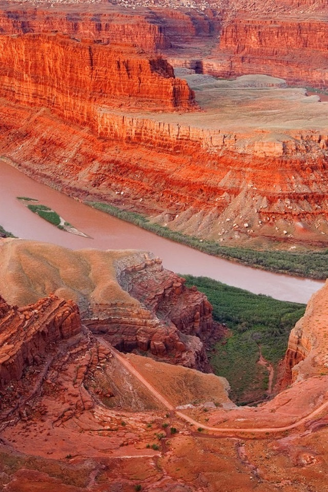 Red Desert Rocks Landscape 640x960 Iphone 4 4s Wallpaper Background Picture Image