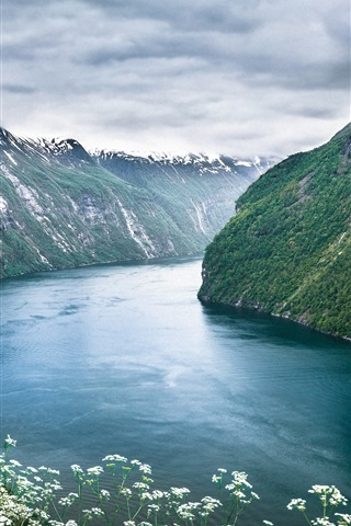 iPhone Wallpaper Beautiful scenery of Norway Geiranger Fjord