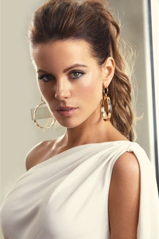 iPhone Wallpaper Kate Beckinsale 03