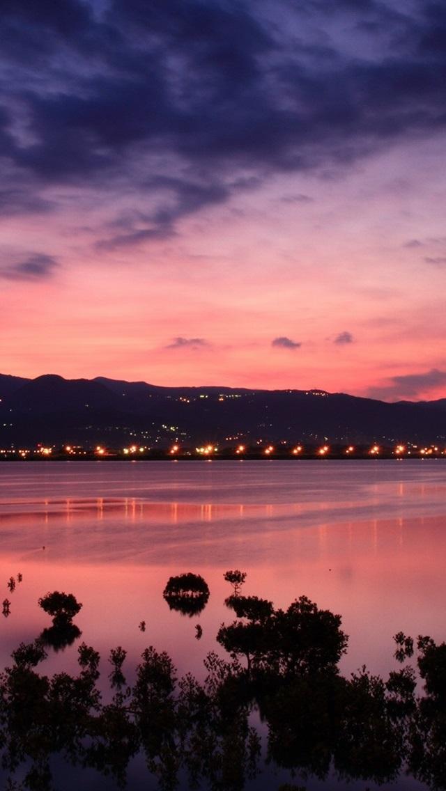 壁纸 中国,台湾,海峡海岸,黎明,日出,城市的灯光,粉红色的天空云 1920x1200 HD 高清壁纸, 图片, 照片