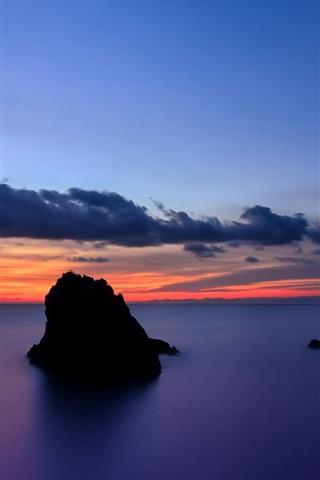 iPhone Wallpaper Japan, Shizuoka Prefecture, rocks island, sea, evening sunset, blue sky and clouds