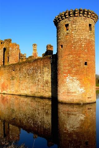 iPhone Wallpaper United Kingdom, Scotland, castle, lake, water reflection
