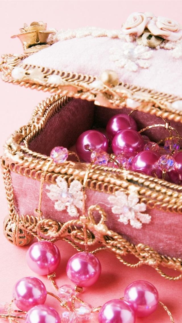 Pink Jewelry Box 640x1136 Iphone 5 5s 5c Se Wallpaper