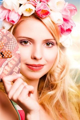 iPhone Wallpaper Blonde girl, tulips garland, heart, beach