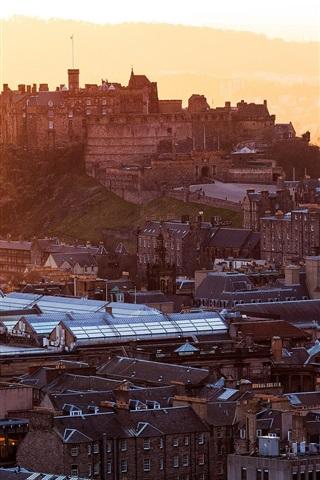 iPhone Wallpaper Edinburgh Castle, Scotland, United Kingdom, city, houses, buildings, dawn