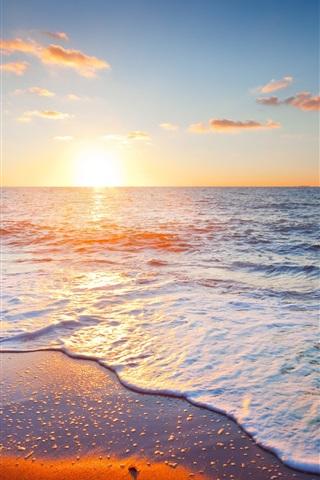 iPhone Wallpaper Beautiful sunset scenery, sea, sky, clouds, beach, waves