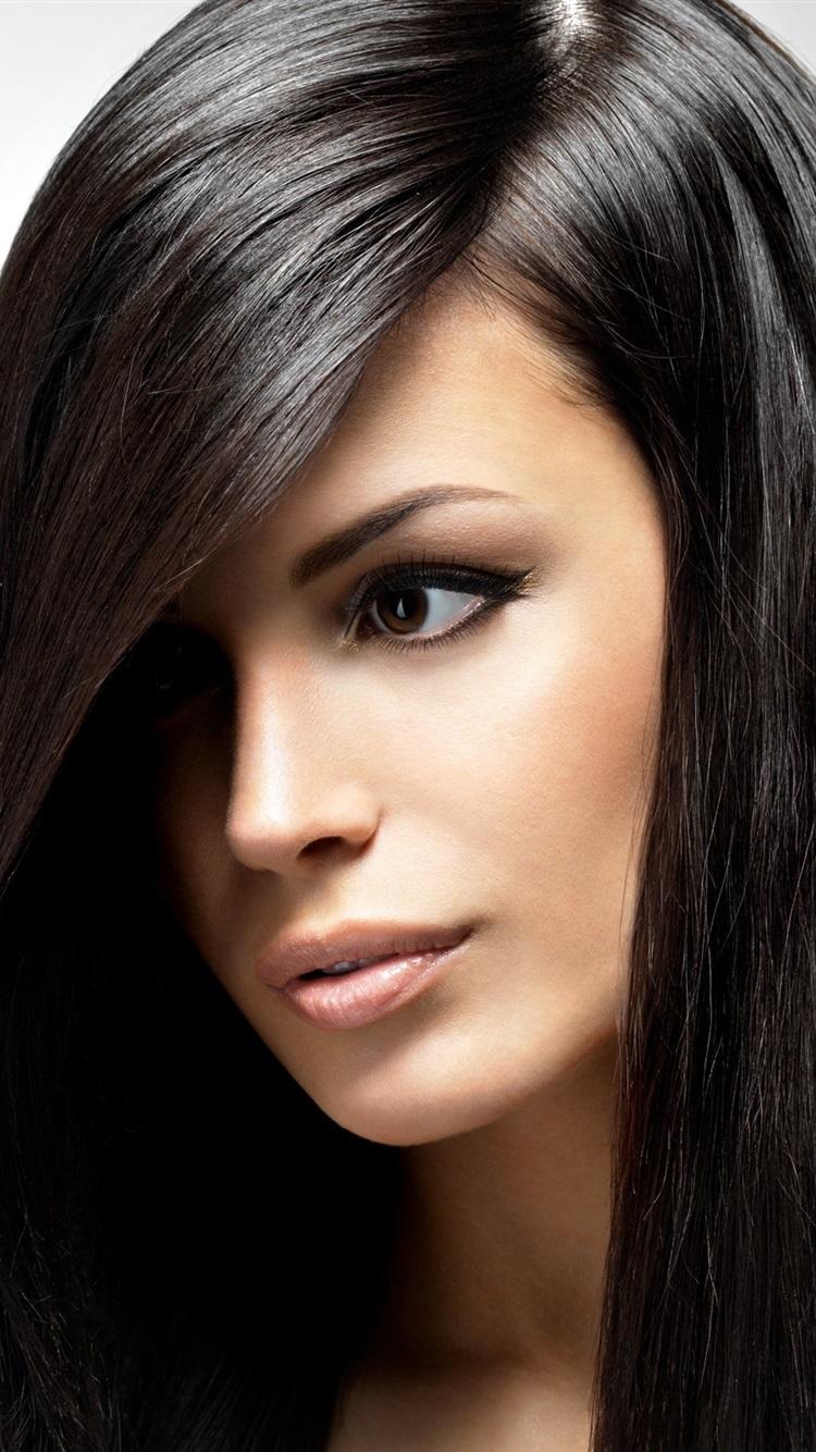 black hair girl por
