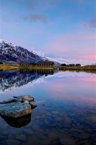 iPhone Wallpaper Queenstown, New Zealand, Lake Wakatipu, mountains, rocks, water reflection