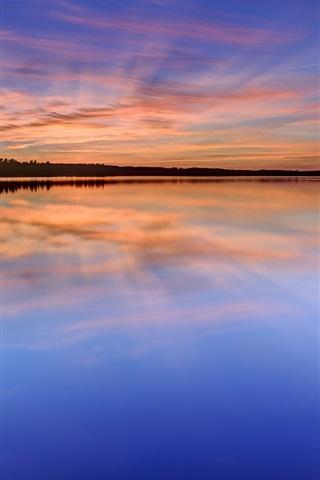 iPhone Wallpaper Sweden, Karlstad, lake, water, grass, trees, night, sunset, reflection