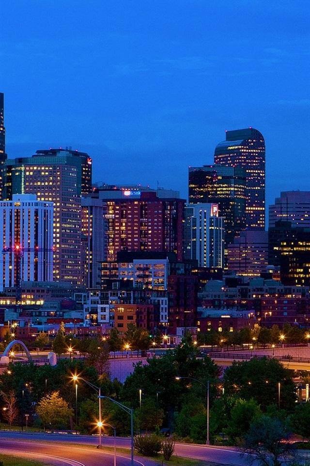 アメリカ コロラド州デンバー 建物 スカイライン 夜 ライト 640x960 Iphone 4 4s 壁紙 背景 画像