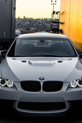 Bmw M3 E92 White Car Front View 750x1334 Iphone 8 7 6 6s