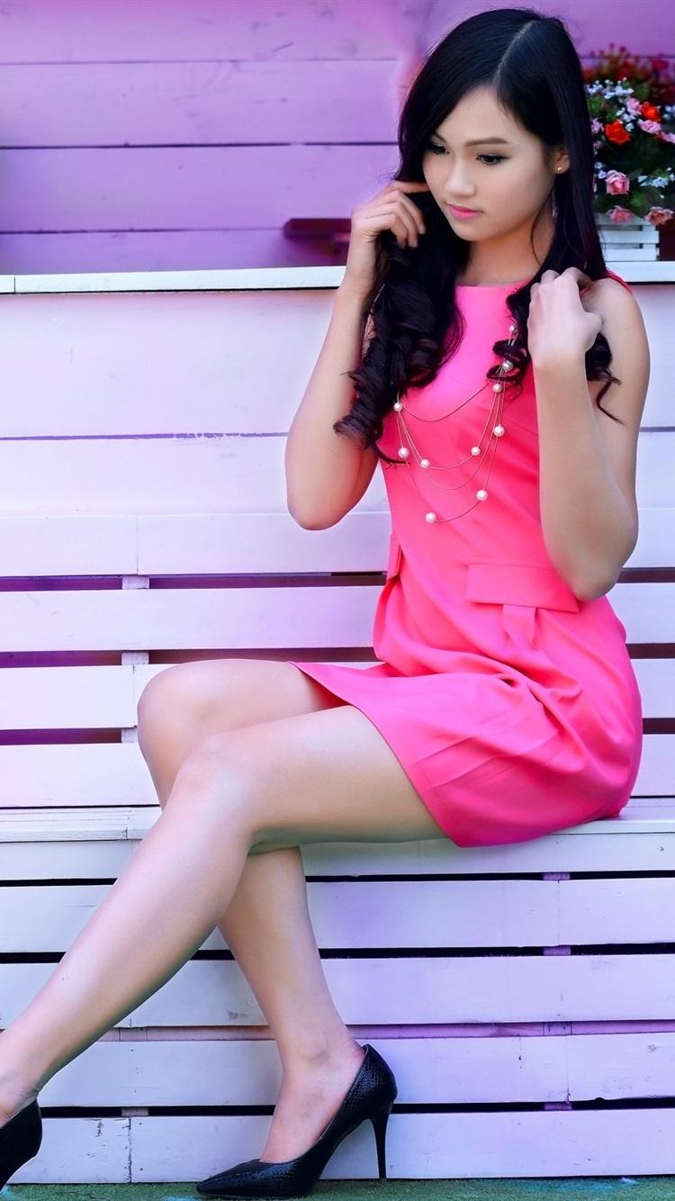 Fondos de pantalla Muchacha rosada del vestido, asiático, violín ...