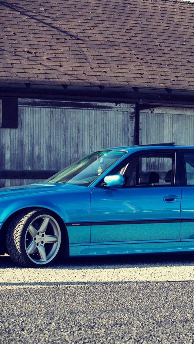 Bmw E38 750il Blue Car Side View 640x1136 Iphone 5 5s 5c Se Wallpaper Background Picture Image