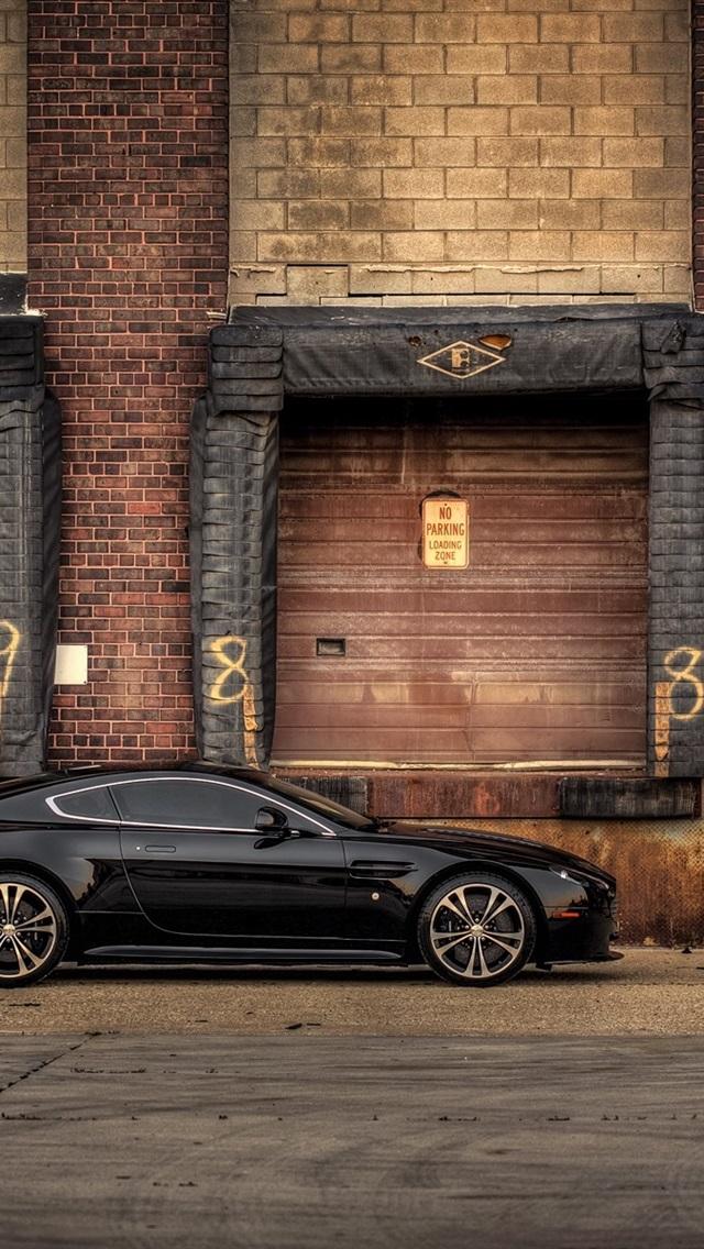 Aston Martin V12 Vantage Carbon Edition Black Car Side View 640x1136 Iphone 5 5s 5c Se Wallpaper Background Picture Image