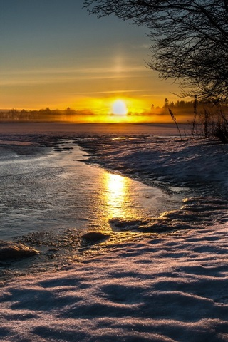 iPhone Wallpaper Lake, nature landscape, winter, snow, water, evening, sunset