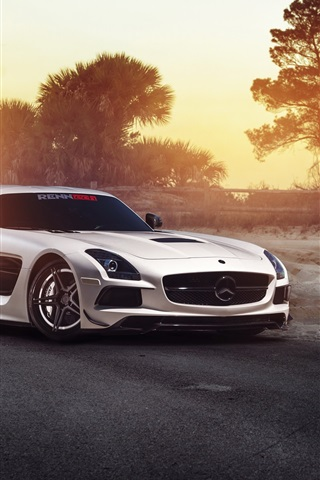 iPhone Wallpaper Mercedes-Benz SLS white car in the morning