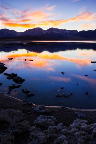 iPhone Wallpaper California, lake, mountains, clouds, water reflection, dusk