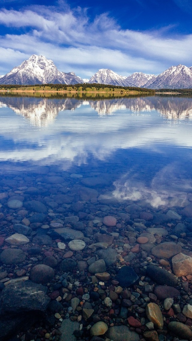 Usa Wyoming National Park Grand Teton Lake Jackson Water Reflection 640x1136 Iphone 5 5s 5c Se Wallpaper Background Picture Image