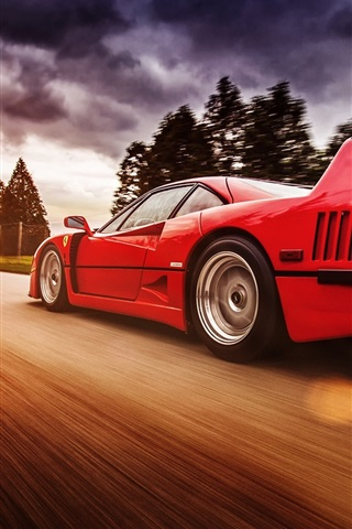 iPhone Wallpaper Ferrari F40 red supercar in high speed