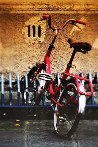 iPhone Wallpaper Bicycle parking street