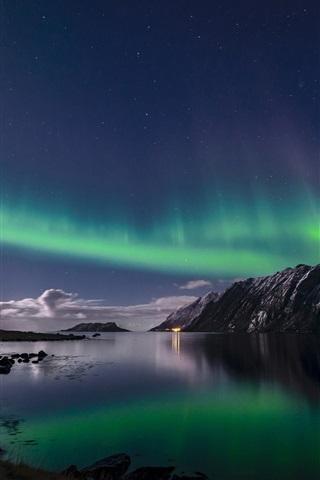 ノルウェー ロフォーテン諸島 オーロラ 夜 海 640x1136 Iphone 5 5s 5c Se 壁紙 背景 画像