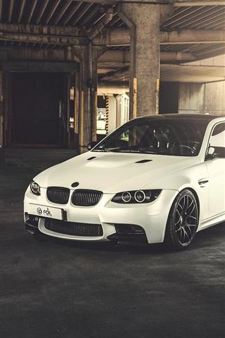iPhone Wallpaper BMW M3 E92 white car, sunlight