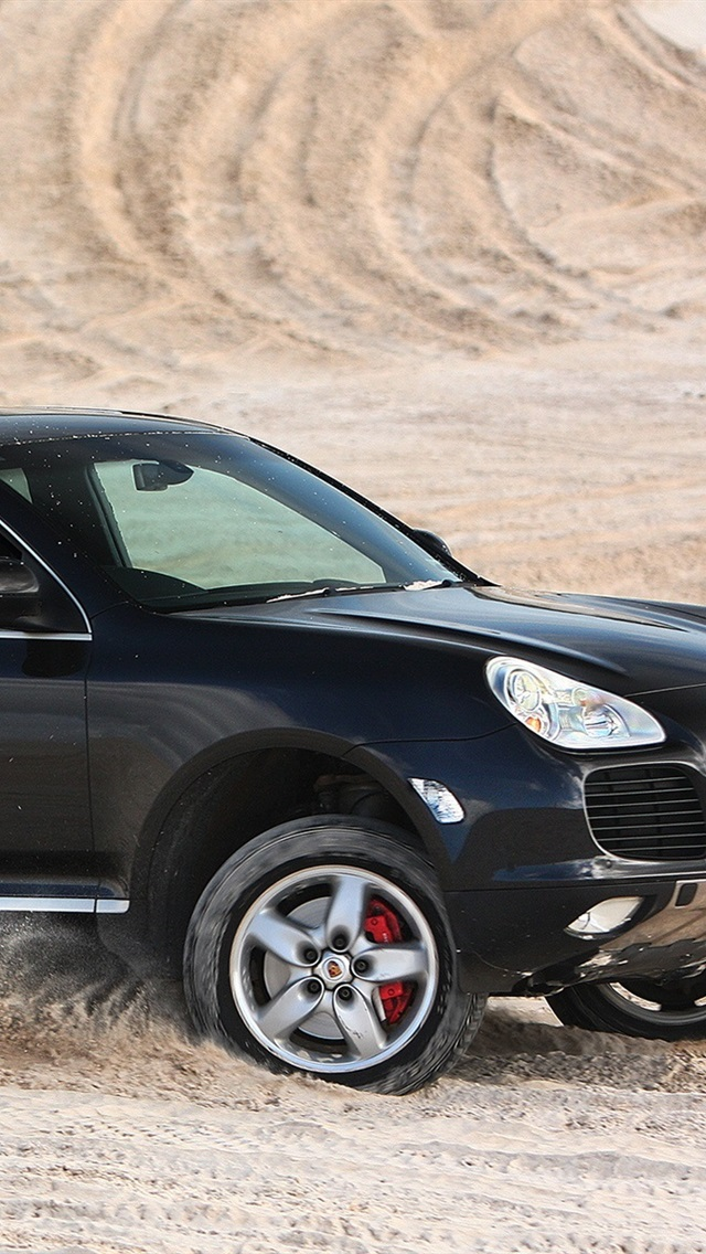 Porsche Cayenne Turbo Black Suv Car In Desert 640x1136