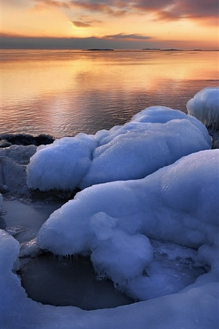 iPhone Wallpaper Uppland, Sweden, winter, sea, ice, sunrise