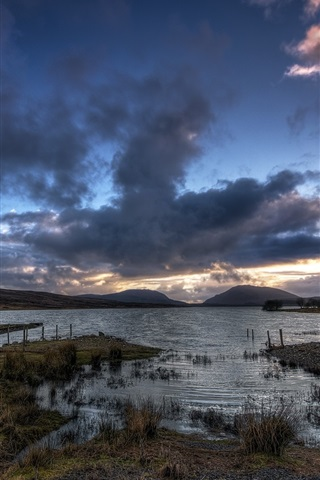 iPhone Wallpaper Barnesmore Gap, Lough Mourne, lake, Ireland, evening, dusk