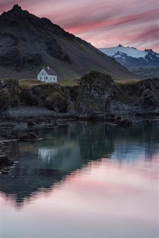 iPhone Wallpaper Iceland, village, house, mountain, lake, evening, sunset