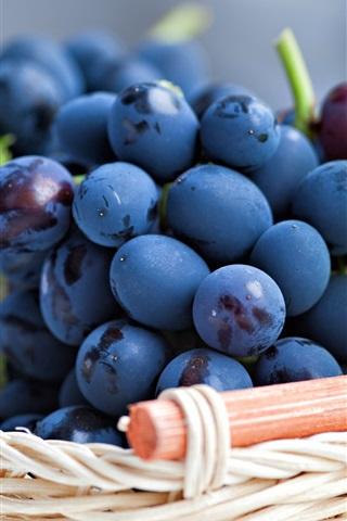 iPhone Wallpaper Blue purple grapes, leaves, basket