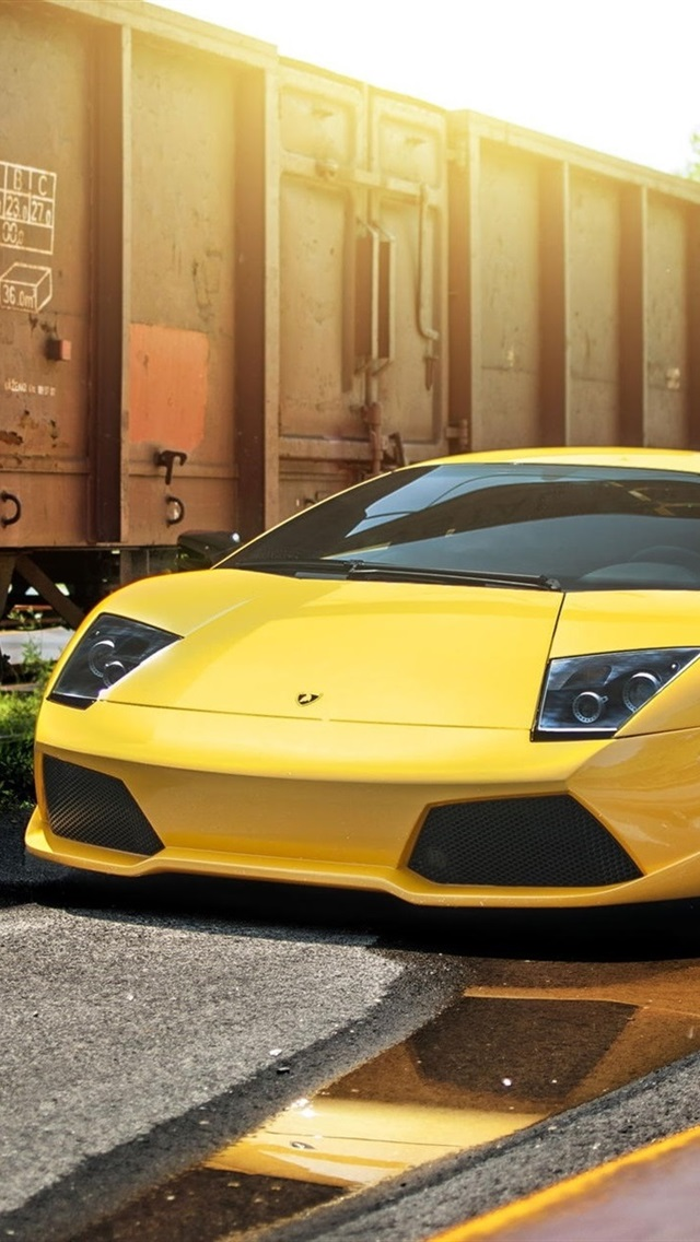 Lamborghini Murcielago Lp640 4 Yellow Supercar Train