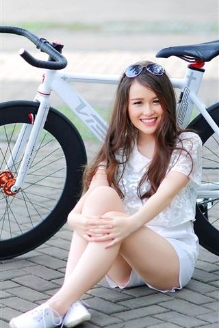 iPhone Wallpaper Smile girl, bike, street