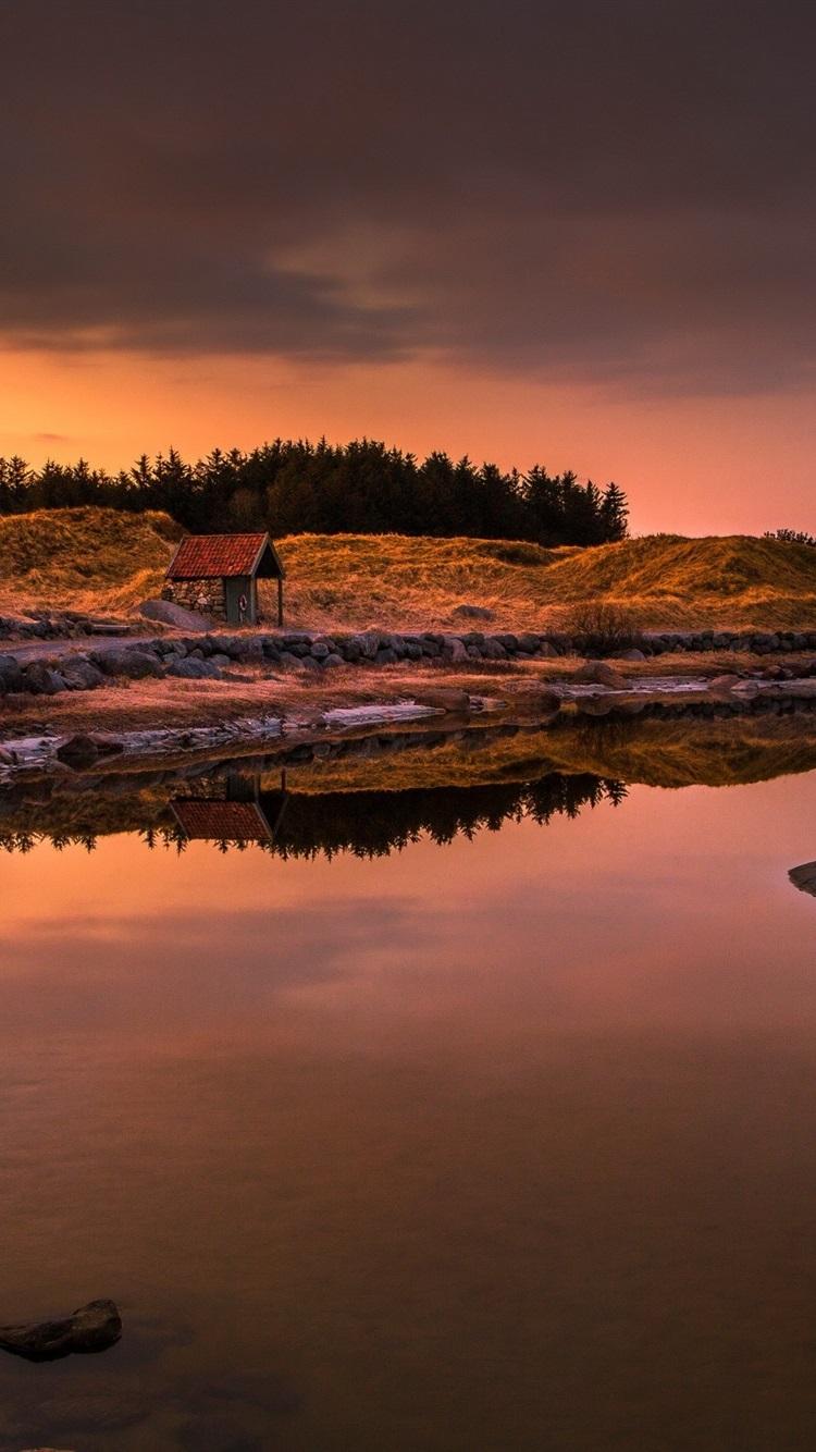 Sunset River House Dusk 750x1334 Iphone 8 7 6 6s