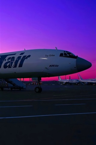 iPhone Wallpaper Tupolev Tu-154 aircraft, passenger airport, sunset