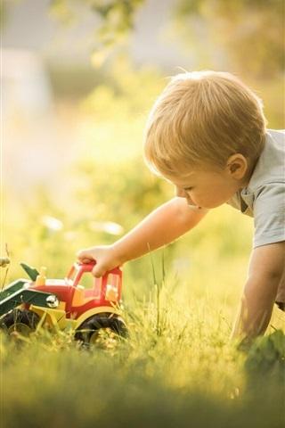 iPhone Wallpaper Boy play toy, bulldozer