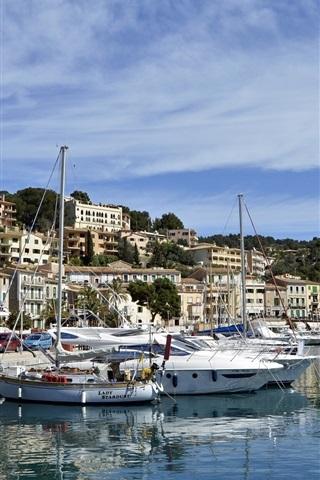 iPhone Wallpaper Balearic Islands, Spain, port, bay, boats, houses