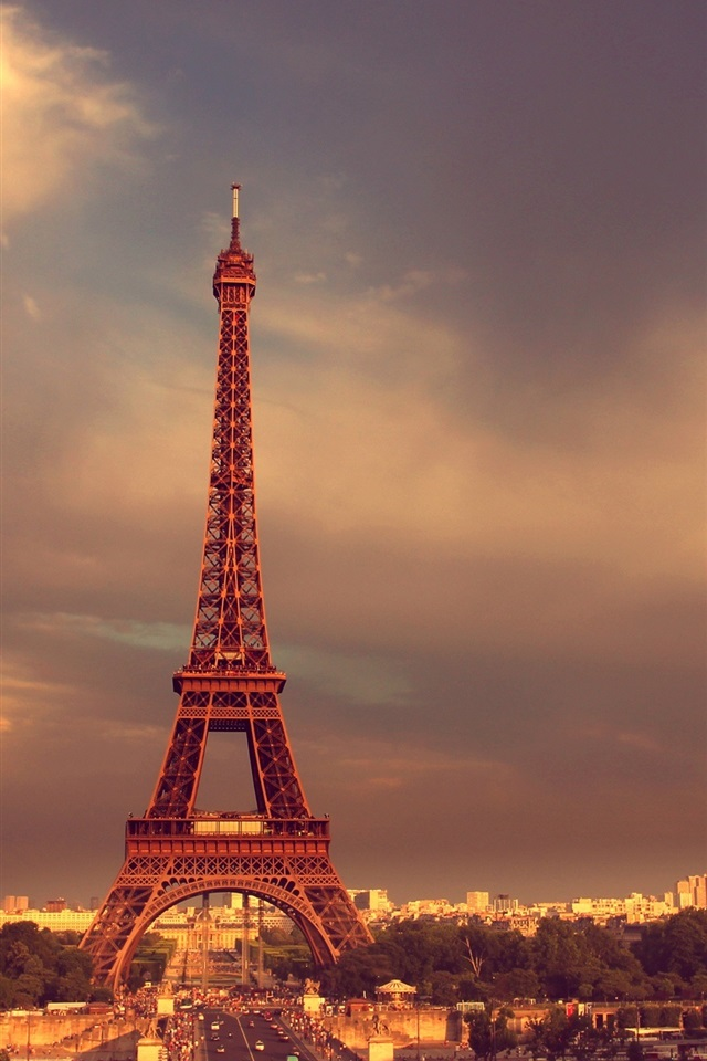 how to use iphone 5s wallpaper eiffel tower road cars dusk 17307