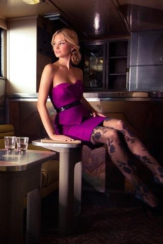 iPhone Wallpaper Purple skirt, girl, stockings, legs, house