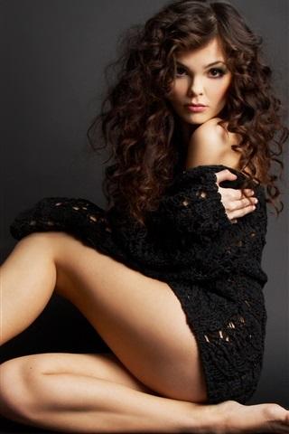 iPhone Wallpaper Beautiful black dress girl, bare feet, curly hair