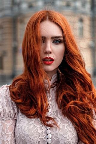 iPhone Wallpaper Red hair girl, wind, makeup, city, bokeh