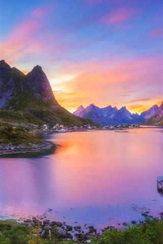 iPhone Wallpaper Reine, Nordland, Lofoten archipelago, Norway, village, bay, mountains, sunset